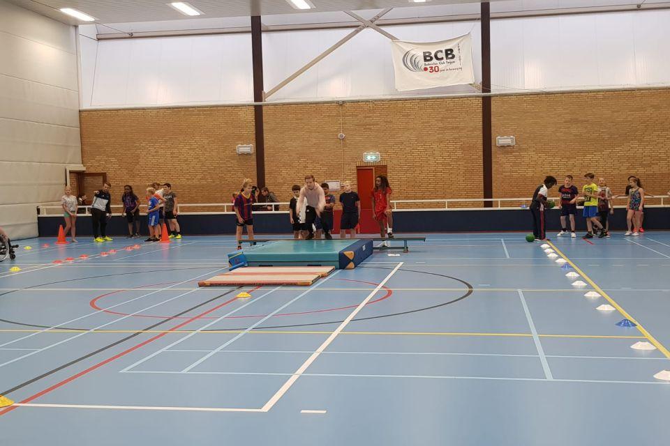 RTC Noord Atletiek geeft atletiekclinics basisscholen Groningen